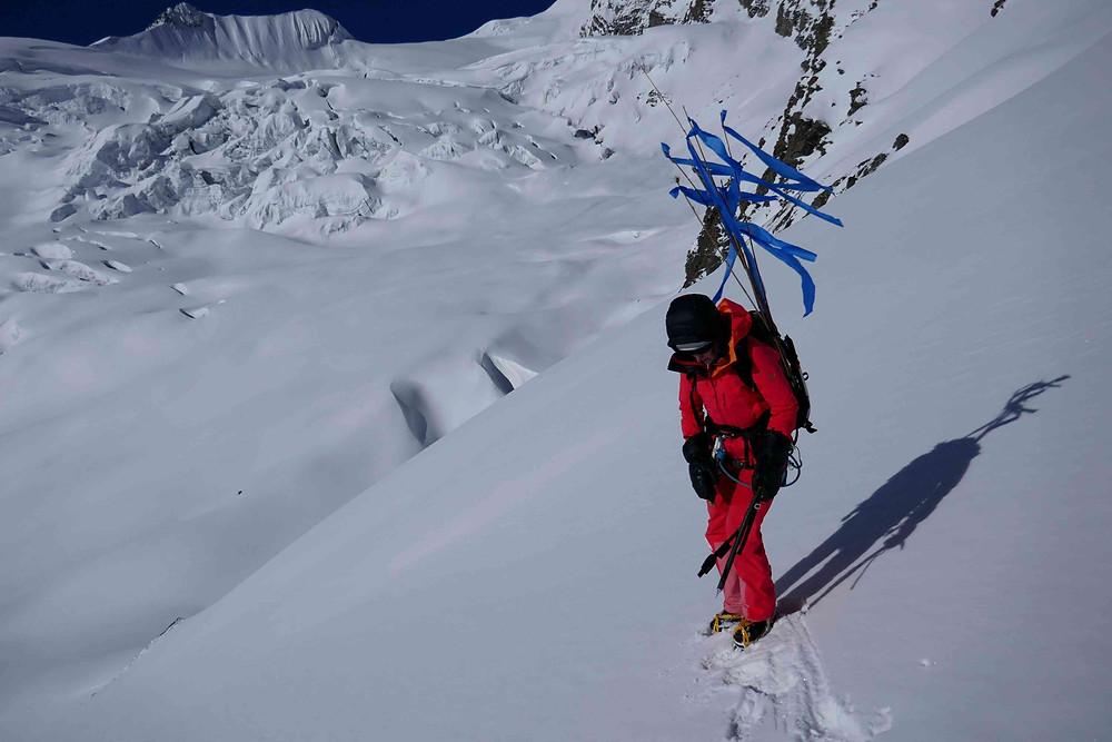 Emilie sur le glacier des Chulus