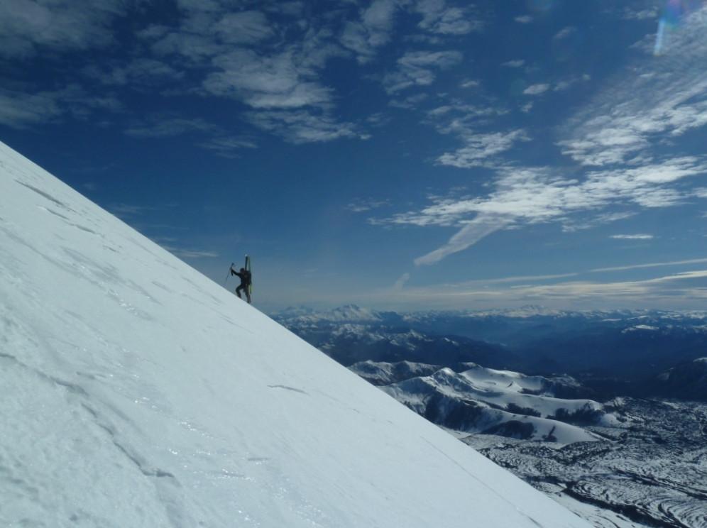 Skier les volcans du Chili