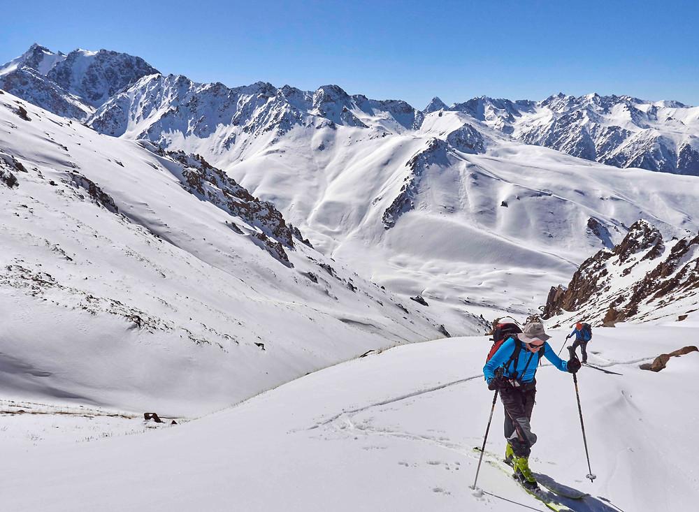 Séjour à ski de randonnée à l'étranger : une belle aventure !