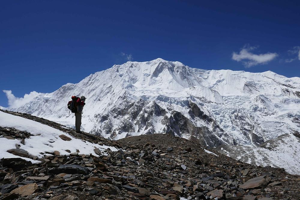 En direction du camp 1, vue sur le GyajiKang