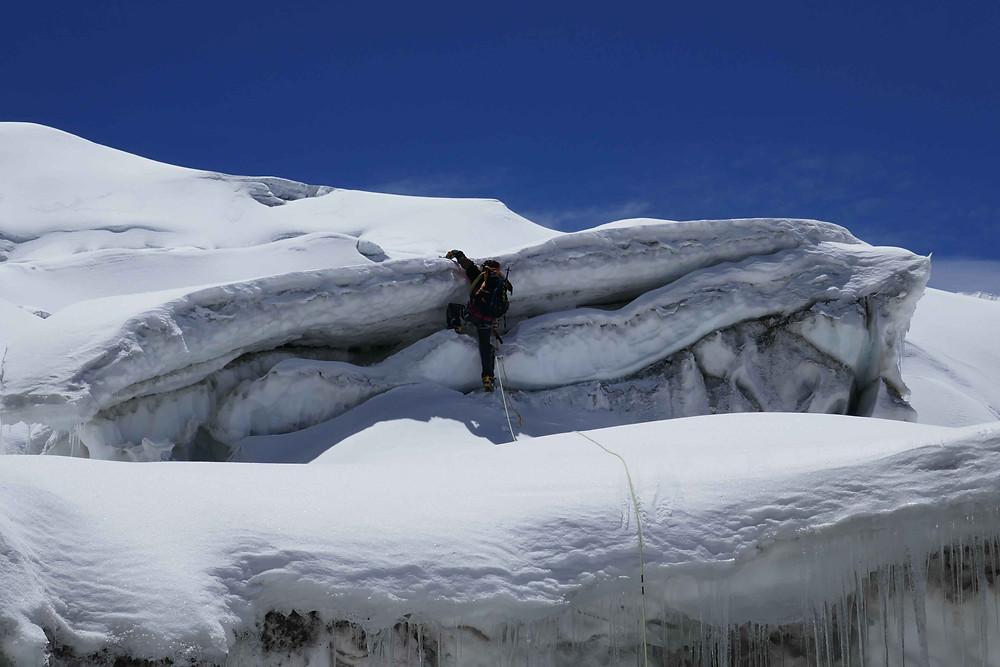 Grimpe dans l'icefall