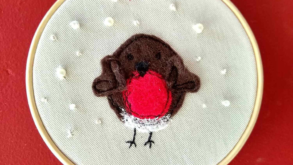 Adorable Robin in a Hoop Sewing Kit