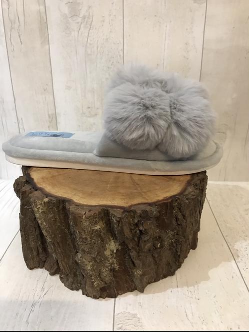 Lunar fluffy balls grey slippers