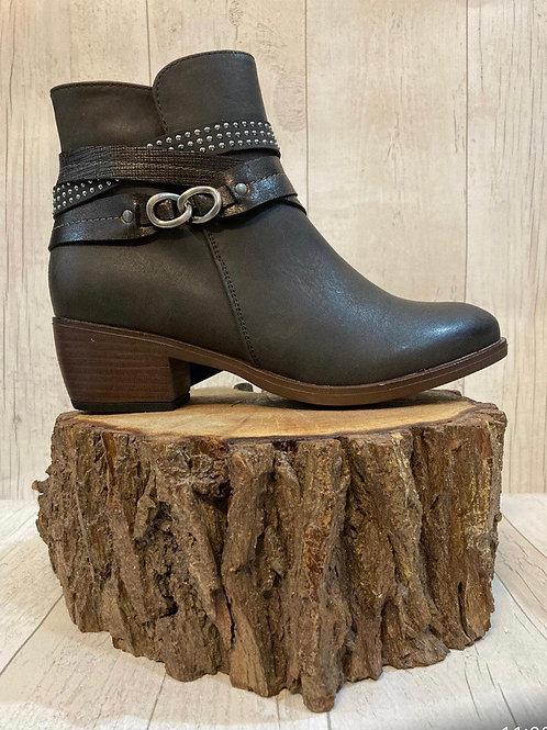 Lunar arwin grey ankle boot