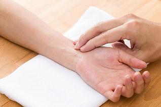 Pulsdiagnose TCM Akupunktur