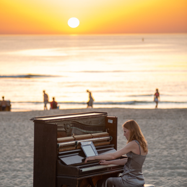 Pianos in the deep
