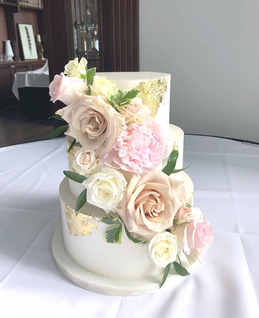 SMooth-GoldLeaf-Flower-Wedding