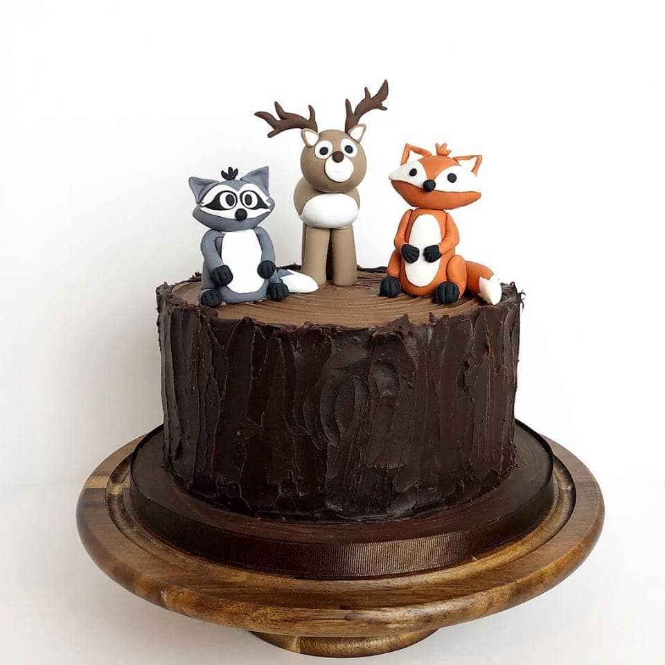 WoodlandCreatureCake