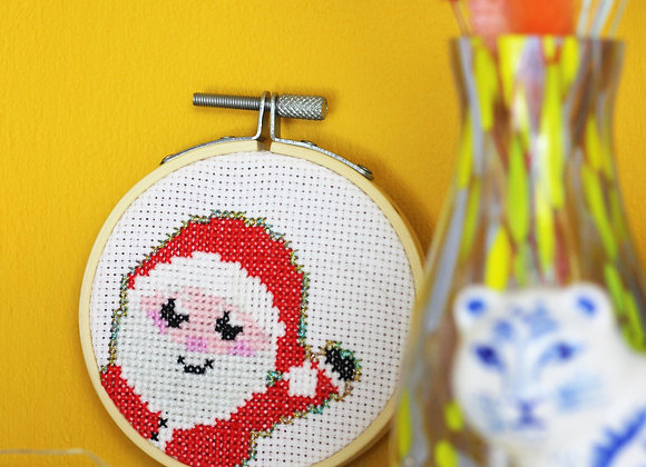 Smiley santa mini cross stitch kit