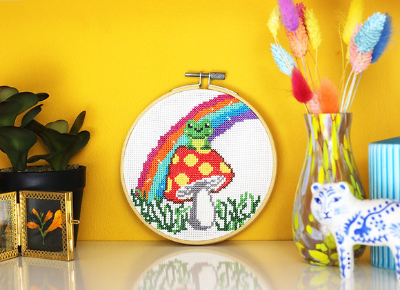 Frog on Toadstool Cross stitch kit