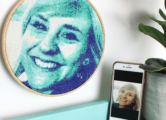 Teal stitch a selfie cross stitch kit