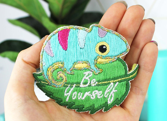 Chameleon embroidery patch kit
