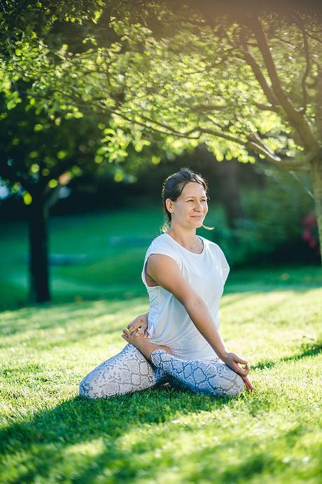 Clara Thiers 4 _ Yoga Lumière _ crédit p