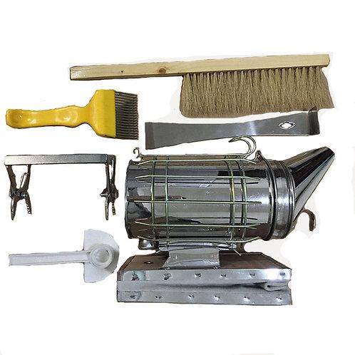 Beekeeper 6-Piece Tool Set Smoke Sprayer -Brush, Needle, Duck Bill Feeder & More