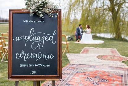 Unplugged Wedding Bord