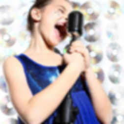 singing 22.jpg