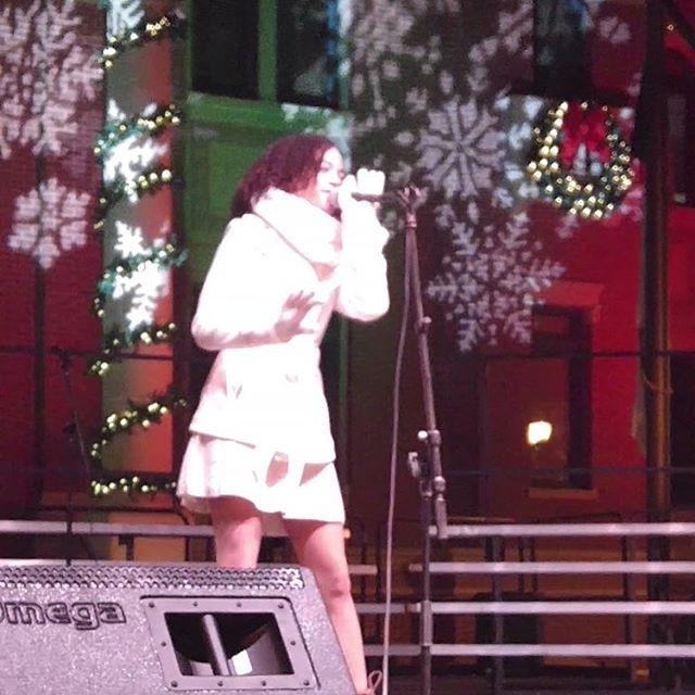 Recording artist Jasmine at the 2015 Sou