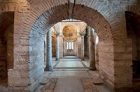 kusadasi-vip-transfer-fethiye-museum-hot