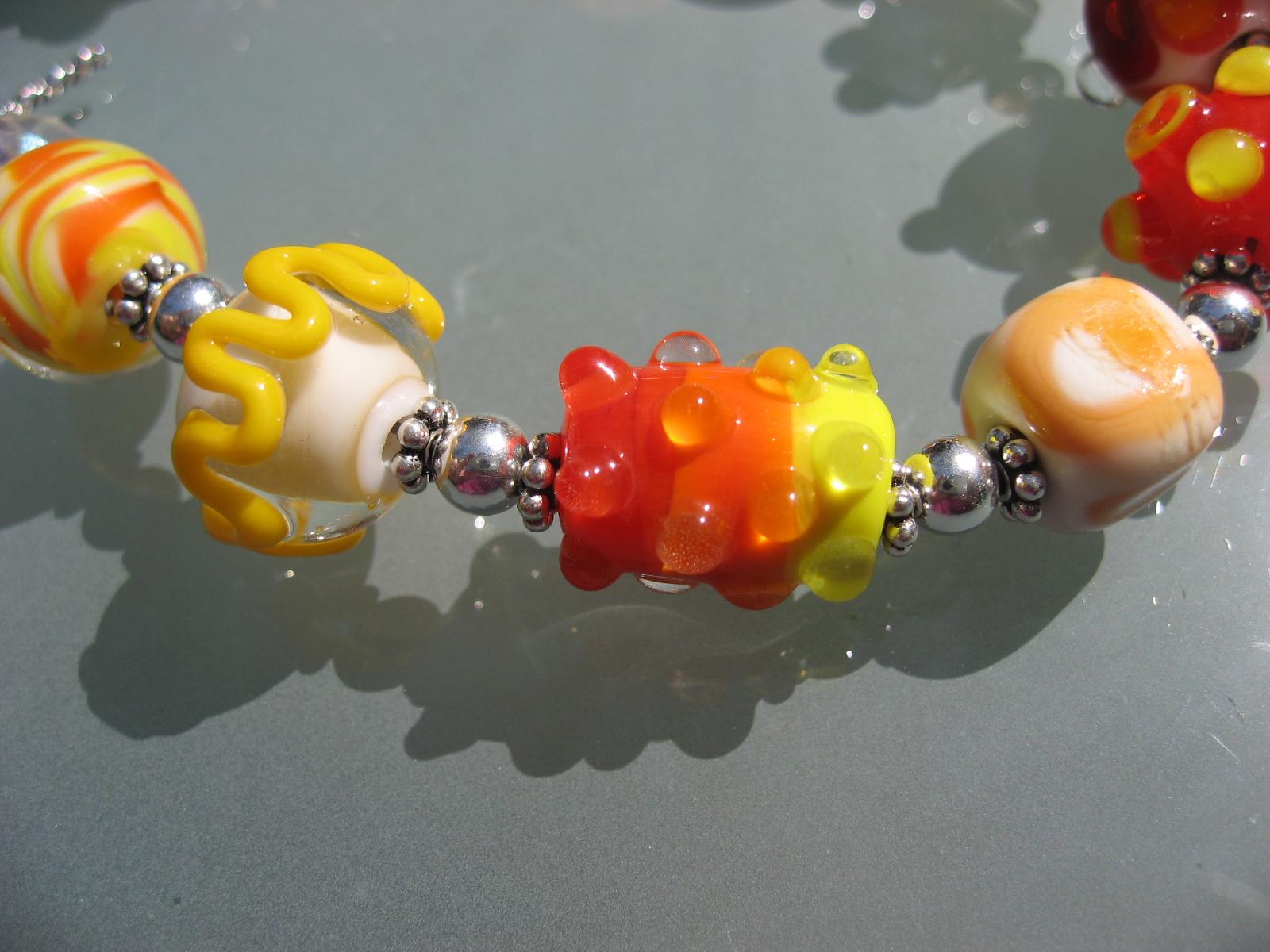 becky beads 040707 088