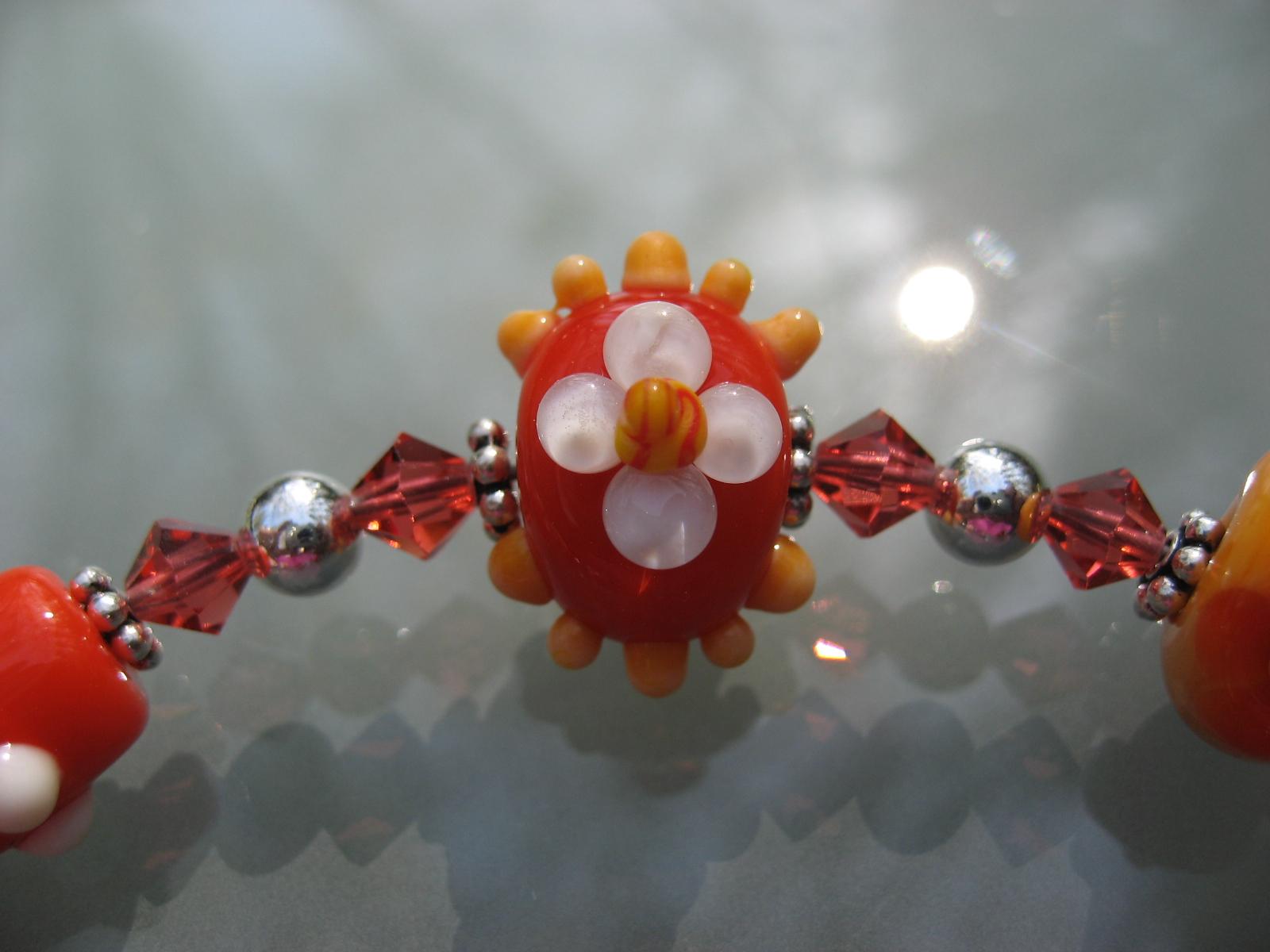 becky beads 040707 017