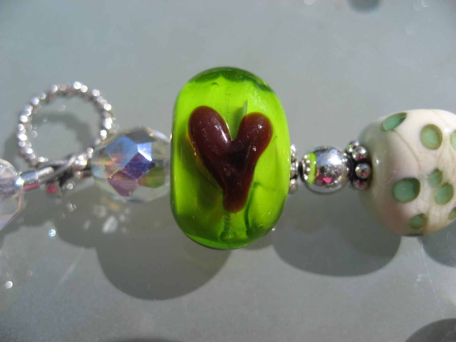 becky beads 040707 083