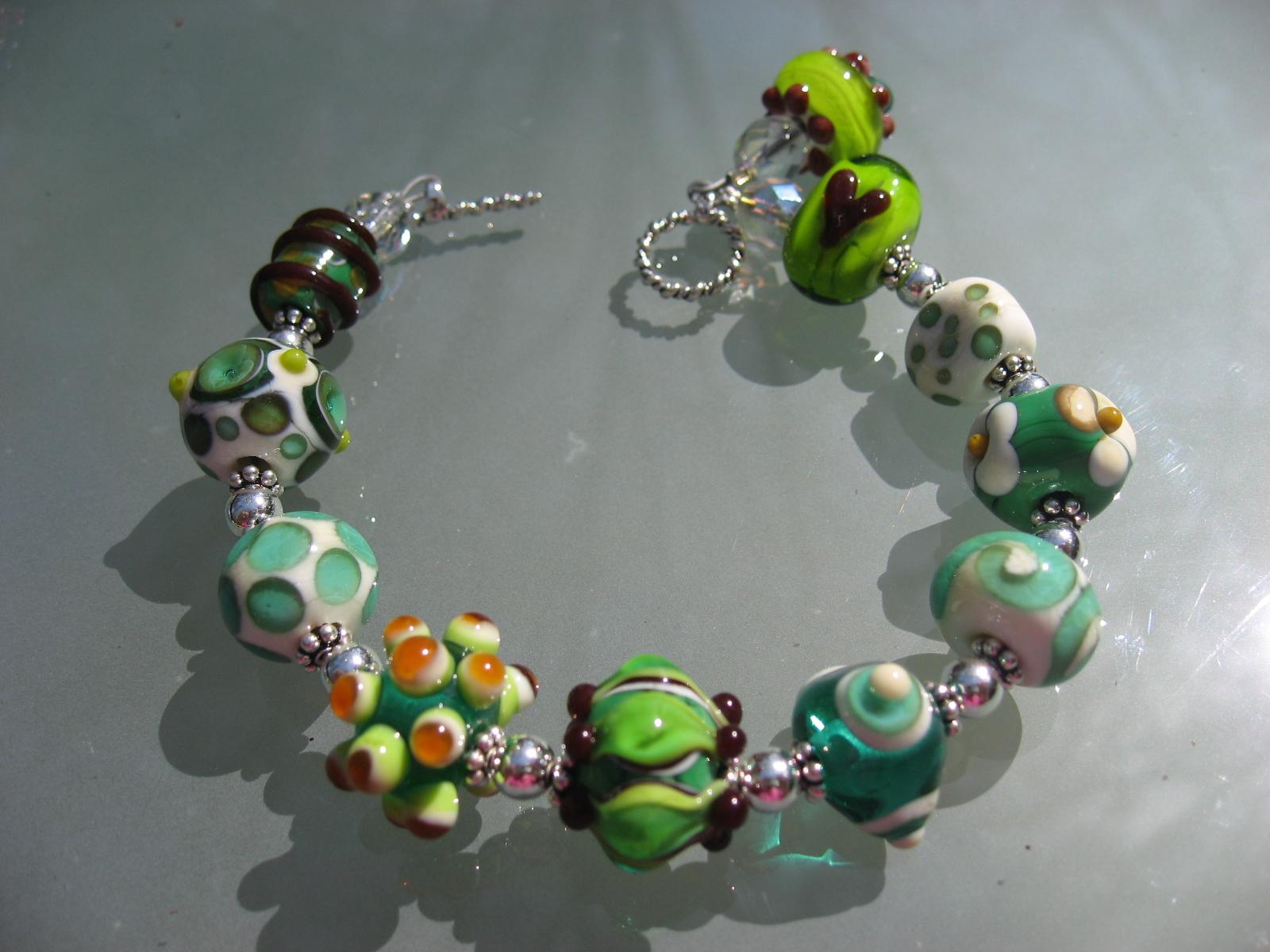 becky beads 040707 061