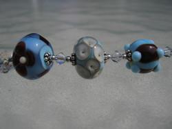 becky bead detail 032706 001