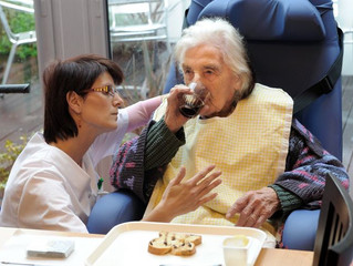 """""""Laissez-nous le temps de soigner nos aînés !"""""""