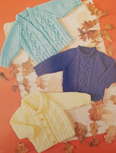 7187 Cable Sweater & Cardigans in Teddy DK