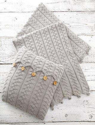 UKHKA 160 Aran Cushion & Blanket