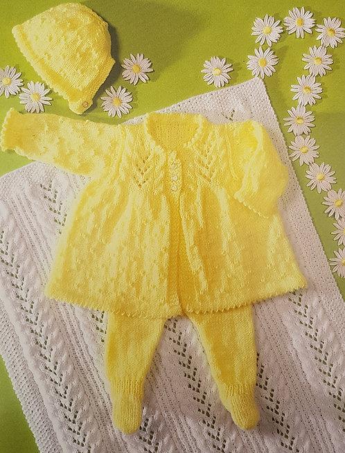 7198 Baby Outdoor Set & Blanket in DK