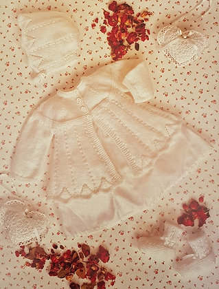 7147 Teddy 4 Ply Matinee Jacket, Bonnet & Bootees