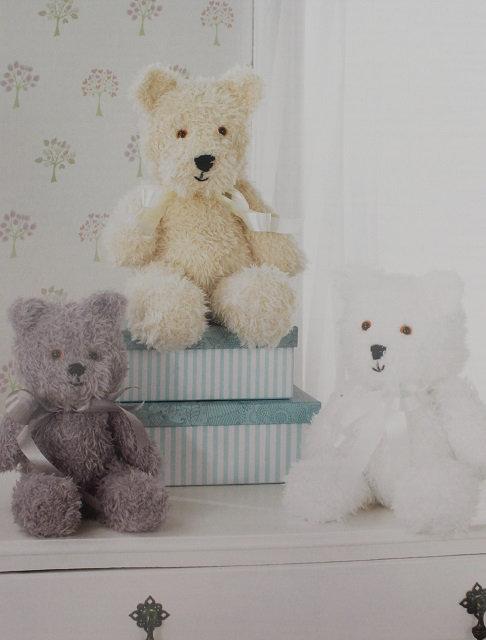 JB302 James C Brett Teddy Bears in Chunky - 3 Sizes