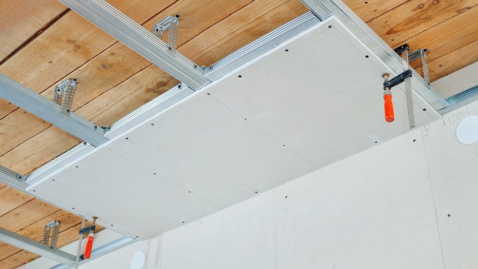Verlaagd plafond of verhoogde vloeren