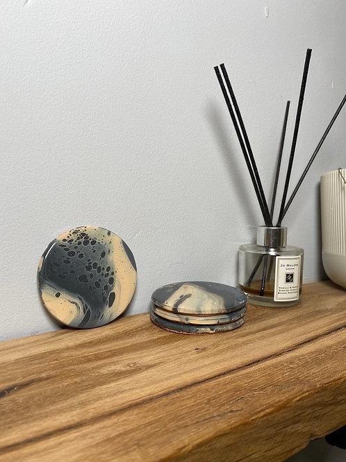 Cream and Grey Circular Coaster Set