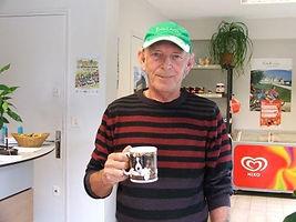 bill et sa tasse de thé