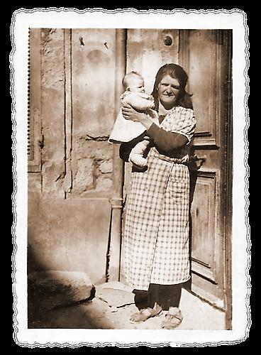 Ma grand mére maternelle et son 11 eme bébé