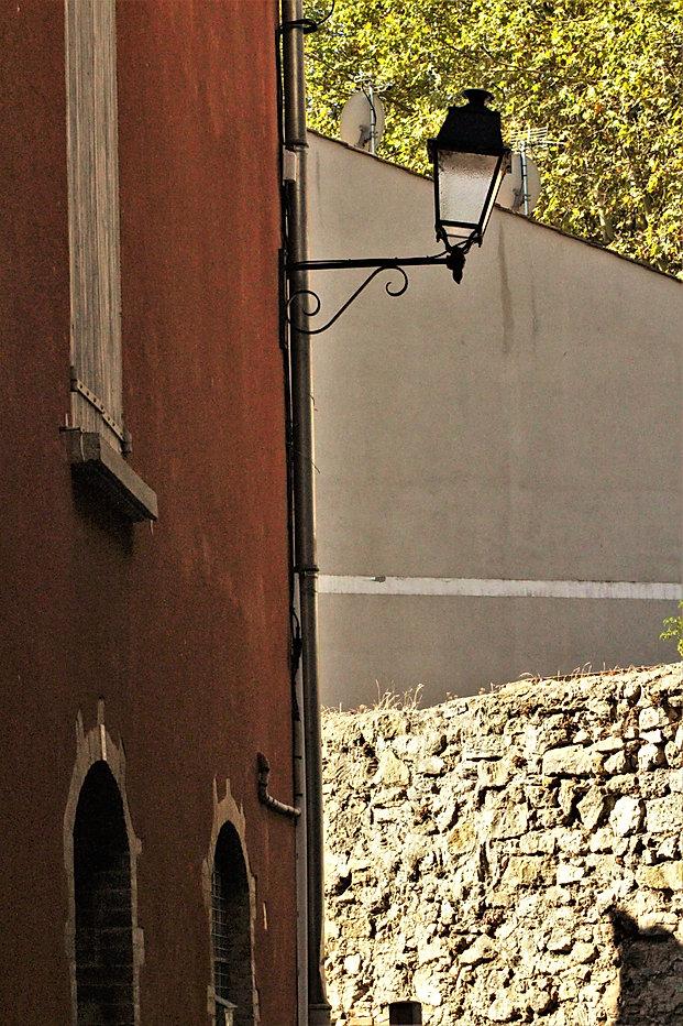Une rue typique de BRIGNOLES