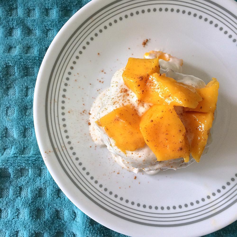 Postre de Mango en una Taza