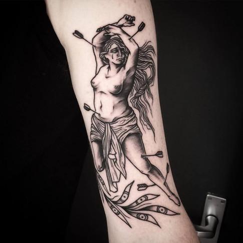 FRA-Faustink-Tattoo001.jpg
