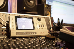 Akai S6000-Orangerie studio_sampler