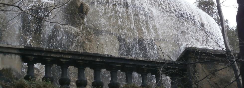 Castle Hill Waterfall, Nice