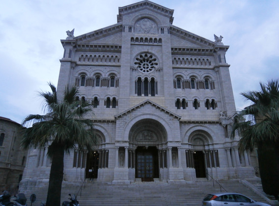 Cathedrale Notre-Dame-Immaculee, Princess Grace's resting place