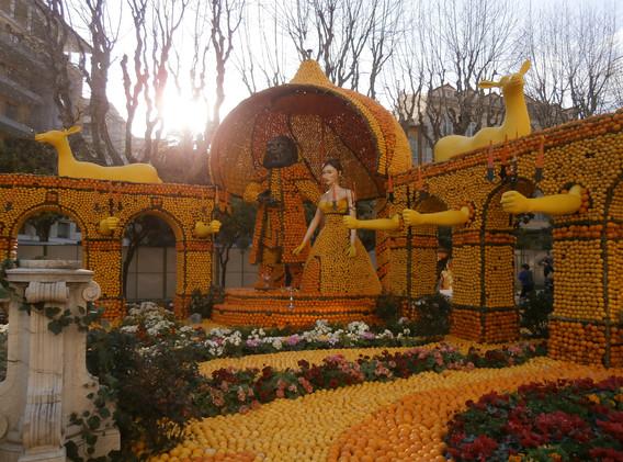 Annual Fete du Citron, Menton