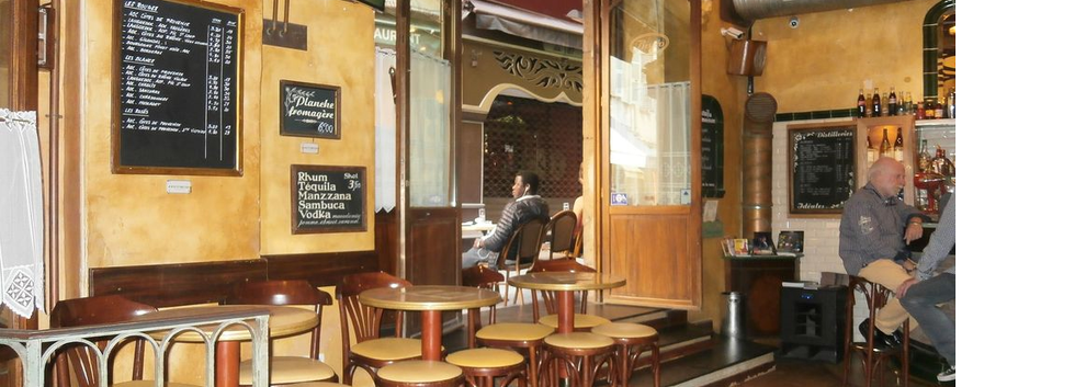 Traditional Bar in Nice's Old Town