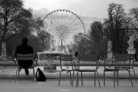 Seul - Jardin des Tuileries