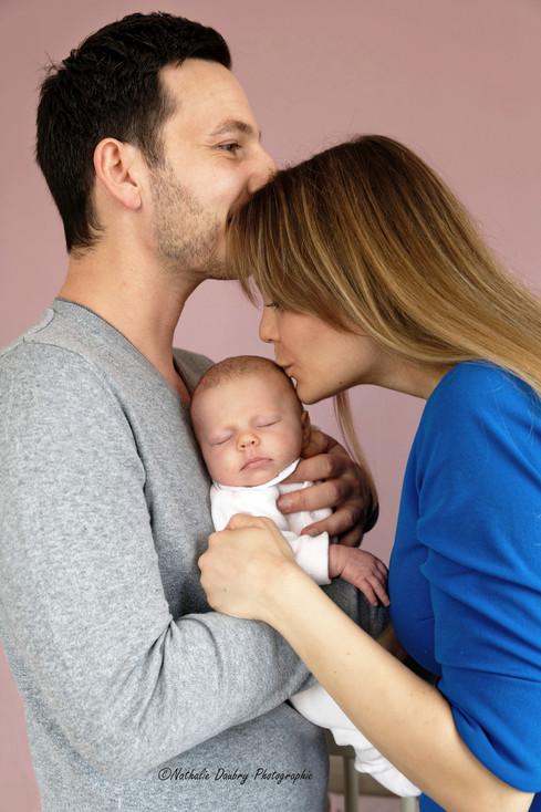 Bébé Ema et ses parents _ Reportage life