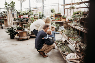 Indianapolis Family Photographer | Indiana Lifestyle Session | Altum's Greenhouse