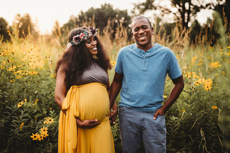 Indianapolis Family Photographer | Outdoor Maternity Sunset Session