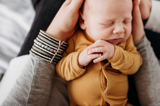 Indianapolis, Indiana | Newborn Photographer | In-home Lifestyle | Baby Baker